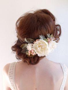 blanche couronne de fleur mariée bandeau floral par thehoneycomb