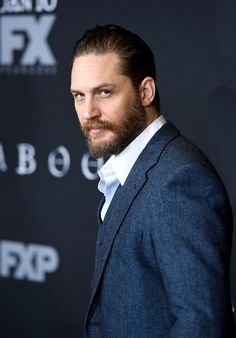Tom Hardy - Taboo | LA Premiere Los Angeles, January 9, 2017. Ugh that gorgeous gorgeous man.