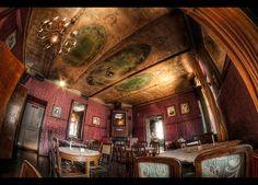 Alchemia Pub in Kazimierz (the old Jewish quarter of Kraków). ✡