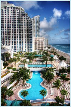 Stayed here for a dance competition its and amazing hotel right on the beach with an amazing pool it's fabulous!