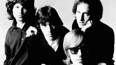 No dia 31 de maio, o Espaço Urucum recebe a Banda Gullivera e o grupo On The Rocks Classic Rock Band fazem um tributo ao The Doors.