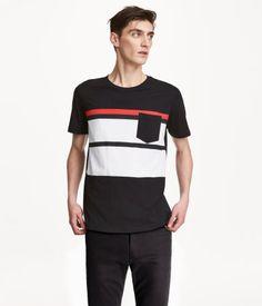 Dark blue/striped. T-shirt in cotton jersey.