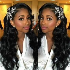 Speaking of wedding hairstyles, black brides may worry their curly and thick hair will not come out beautiful. That's why we made the amazing list of wedding hairstyles for black brides to get you ins Black Brides Hairstyles, Wedding Hairstyles For Long Hair, Wedding Hair And Makeup, Weave Hairstyles, Short Hair, Indian Hairstyles, Wedding Hairstyles For Curly Hair, Hairstyles For Weddings, Bridal Hair