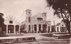 Tempo Doeloe - Yogyakarta, Hotel Toegoe, current Kedaung Plaza in scan of an old postcard Old Pictures, Old Photos, Dutch East Indies, Dutch Colonial, Colonial Architecture, Semarang, Yogyakarta, Old Postcards, Historical Pictures