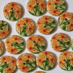6 boutons fantaisie en bois à motifs de marguerites jaunes