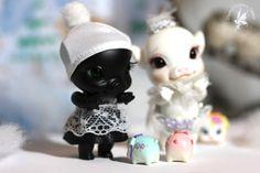 pOink Licorice & Snow   http://www.charlescreaturecabinet.net/store/c1/Afgebeelde_producten.html