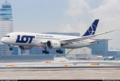 LOT Polish Airlines Boeing 787 8 Dreamliner