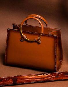 Genuine Leather crossbodybag handbag shoulder bag for women leather bag Chain Shoulder Bag, Small Shoulder Bag, Leather Shoulder Bag, Leather Purses, Leather Handbags, Leather Wallet, Leather Bags, Women's Crossbody Purse, Fendi