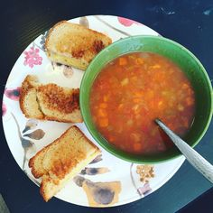 Sometimes you need to eat what your craving - grilled cheese and soup  #vegan #vegansofig #veganfood #veganfoodshare #veganfoodporn #veganism #veganlife #veganlifestyle #veganlunch #vegansofinstagram #glutenfree #glutenfreevegan #yummy #weightloss #weightlossjourney #plantbased #plantbaseddiet #humane #crueltyfree by veganwifelife