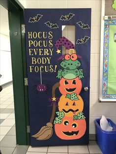 Easy Halloween Crafts for Kids at School - DIY Door Decorations October classroom door Hocus Pocus H Halloween Classroom Decorations, Halloween Crafts For Kids, Halloween Bulletin Boards, October Bulletin Boards, Teacher Door Decorations, Classroom Ideas, Classroom Crafts, Kindergarten Classroom, Class Decoration Ideas