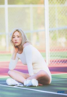 Taeyeon 2nd mini album 「Why」 BOOKLET - Prologue (11PIC) - GGPM Official WebSite