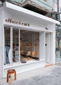 Newly opened Café Allongé offers a tranquil oasis to coffee aficionados in the middle of Shanghai. Cafe Shop Design, Coffee Shop Interior Design, Small Cafe Design, Deco Restaurant, Restaurant Design, Cafe Exterior, Retail Facade, Lokal, Facade Design