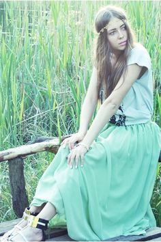 Black-river-island-sandals-light-blue-skirt-eddera-accessories_400