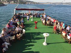 Yemekli Tekne Turları.   http://www.bogazdagezi.net/yemekli-tekne-bogaz-turu