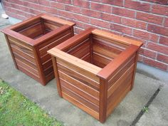 Teak planters Available on Adverts. Outdoor Planter Boxes, Garden Planter Boxes, Wooden Planters, Wooden Garden, Diy Planters, Handmade Wood Furniture, Diy Garden Furniture, Diy Pallet Furniture, Diy Pallet Projects