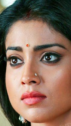 Beautiful Blonde Girl, Beautiful Lips, Beautiful Girl Indian, Most Beautiful Indian Actress, Beautiful Bride, Bollywood Actress Hot Photos, Beautiful Bollywood Actress, Beautiful Actresses, Indian Eyes