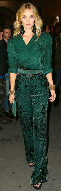 5f7773ebacfd Who made Rosie Huntington-Whiteley's green print pants, belt, long sleeve  top,