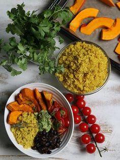 (Quelle: SWR) Tex-Mex-Bowl mit Gewürz-Quinoa und mariniertem Kürbis (Köchin: Nicole Just)
