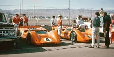 Bruce McLaren - McLaren Chevrolet - McLaren Cars Ltd. - Denny Hulme - McLaren Chevrolet - McLaren Cars Ltd. - Third Annual Stardust Grand Prix - Can-Am Las Vegas - 1967 Canadian-American Challenge Cup, round 6 Mclaren Sports Car, Mclaren Cars, Sports Car Racing, Racing Team, Auto Racing, Vintage Sports Cars, Vintage Racing, Road Race Car, Race Cars