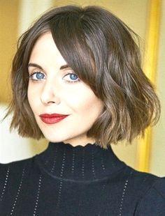 Alison Brie Messy Bob Haircuts Ideas 2018 #BobHaircut