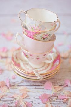 Pink mismatched teacups! This is the only time I've regretted having a matching tea set lol