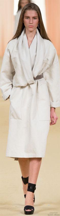 CIGAR/SMOKING/LOUNGE ROBE   Hermès Spring 2015 RTW