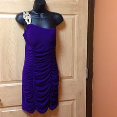 Beautiful one shoulder dress Medium bright purple dress Body Central Dresses