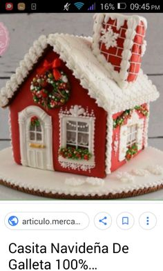 This gingerbread house is decorated with royal icing only! Royal Icing Gingerbread House, Gingerbread House Designs, Gingerbread House Parties, Christmas Gingerbread House, Christmas Cookies, Gingerbread Houses, Royal Icing Decorations, Xmas Decorations, Christmas Baking