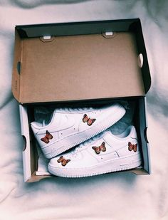 Shoes, Sock shoes, Outfit shoes, Dream shoes, Nice shoes, Custom shoes - VSCO girlzlife Images - #Shoes