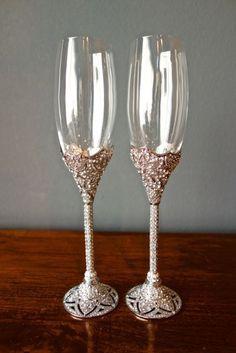 OLIVIA RIEGEL Swarovski Crystal Windsor Champagne Toasting Flute Pair