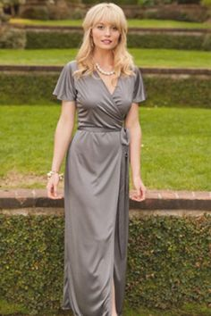 """This """"Maid of Honor"""" dress by Shabby Apple is elegant and would be flattering on all types of bodies!"""