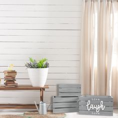 Live Laugh Love 13.4'W x 9.5'H Rustic Distressed Grey Nesting Storage Crates, Set of Three