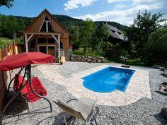 Das  Chalet Stahl hat eine riesige Terrasse mit Pool. #travel #holidays #summer #sun #fun #terrace #imUrlaubwiezuhausefühlen