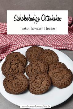 Keto Osterkekse - schokoladige Lowcarb Kekse Keto, Cookies, Food, Savory Foods, Sweet Desserts, Yummy Food, Food And Drinks, Butter Cookies Recipe, Oat Cookies