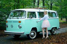 Bus Camper, Volkswagen Bus, Kombi Hippie, Combi Vw, Celebrate Life, Van Life, Happiness, Dreams, Cars