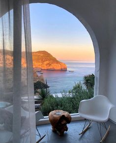 Future House, My House, Travel Aesthetic, Dream Vacations, Vacation Destinations, Interior And Exterior, Interior Design, Places To Go, Beautiful Places