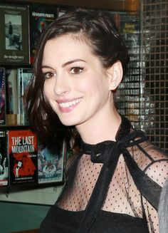 Anne Hathaway attends a screening of Warner Bros. Pictures' 'The Intern' hosted by The Cinema Society and Ruffino on September 22, 2015 in New York City.