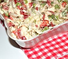 Salata taraneasca de pui #reteta #salata Easy Weight Loss, Pasta Salad, Potato Salad, Salad Recipes, Potatoes, Ethnic Recipes, Food, Nice, Salads