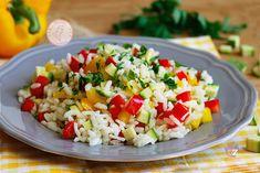 Insalata di risocon verdureuna versione fredda di un riso con verdure, un primo piatto estivissimo o primaverile, facile da preparare, fresco e gustosissimo.