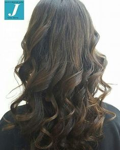 La naturalezza del Degradé Joelle #cdj #degradejoelle #tagliopuntearia #igers #wearecdj #naturalshades #curlhair #ootd #hair #hairstyle #haircolour #longhair #musthave #madeinitaly #wellastudionyc #lineadonna #CentroDegradeJoelleLineaDonna