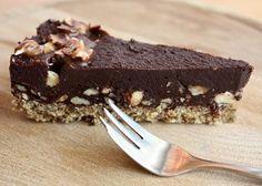 Extra čokoládová torta bez múky, cukru a pečenia - Recept Diabetic Recipes, Raw Food Recipes, Sweet Recipes, Cake Recipes, Cooking Recipes, Healthy Cake, Healthy Desserts, Vegan Cheesecake, Sweet And Salty