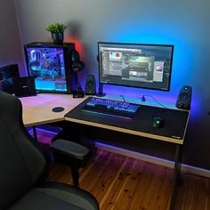 Computer Desk Setup, Pc Gaming Setup, Pc Setup, Miguel Angel, Gamer Room, Up Game, Monitor, Photos, Instagram