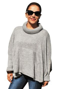 """""""Adele"""" Sweater Cape Tourtle Neck with pocket"""