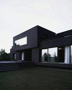 Home is where your heart is and if your heart just loves black and white houses and interior design, then your house should look a little bit like these examples below Home Room Design, Dream Home Design, Modern House Design, My Dream Home, Contemporary Design, Dark House, My House, Dream House Exterior, White Houses