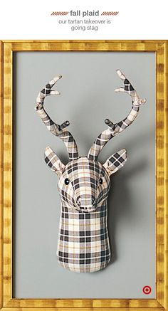 Add a touch of whimsy to your rustic decor with this DIY fabric animal wall sculpture. Not only is it easy to make, but it can easily be customized! Animal Head Decor, Animal Heads, Diy Christmas Gifts, Christmas Tree Decorations, Christmas Ideas, Diy Artwork, Fabric Animals, Faux Taxidermy, Reno