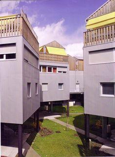 Hondelatte et Laporte architectes, 10 maisons semi-individuelles, Bordeaux, 2008. Laporte, Thesis, Bordeaux, The Originals, Studio, House Styles, Home Decor, Architects, Houses