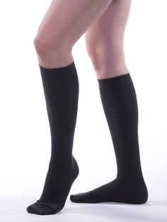 07e7881d8a Best compression socks for summer? Here are the most breathable fabrics and  more for men