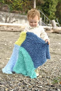 HiKoo Caribou is a super soft and fluffy yarn. Which makes it perfect for kids' blankets.