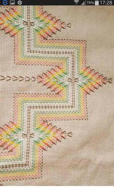 1 million+ Stunning Free Images to Use Anywhere Biscornu Cross Stitch, Cat Cross Stitches, Cross Stitch Embroidery, Hand Embroidery, Cross Stitch Designs, Cross Stitch Patterns, Swedish Weaving Patterns, Swedish Embroidery, Monks Cloth