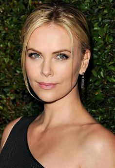 Charlize Theron's makeup artist is Shane Paish